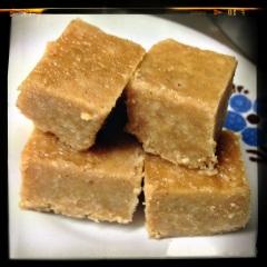 Caramel mou à la noix de coco et au rhum brun